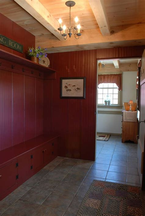 rustic laundry room country mudrooms pinterest mud room www earlynewenglandhomes com house and home