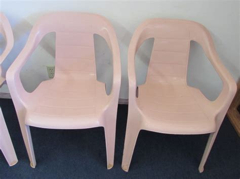 Lot Detail   FOUR RUBBERMAID PATIO CHAIRS