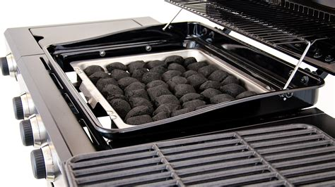 Poêle Grill by Char Broil Hybrid 3 Burner Gas Charcoal Grill
