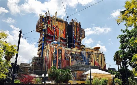 theme hotel wiki guardians of the galaxy mission breakout wikipedia