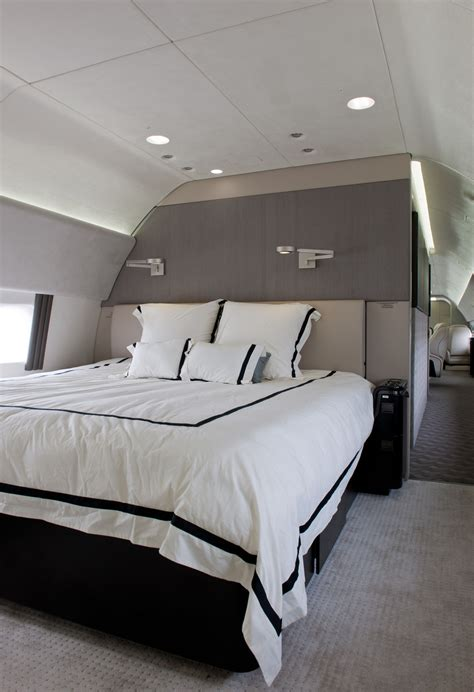 jet with bedroom boeing offers new 737 business jet get yours today airlinereporter