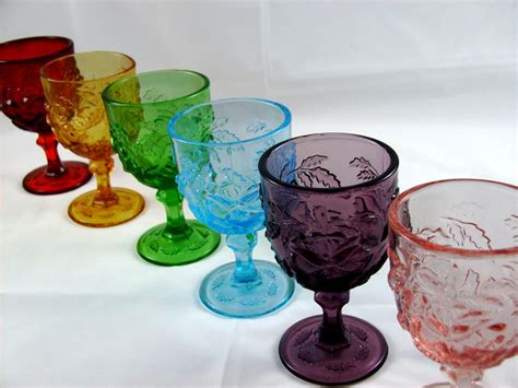 vintage chagne glasses colored glassware 28 images small colored glass raya