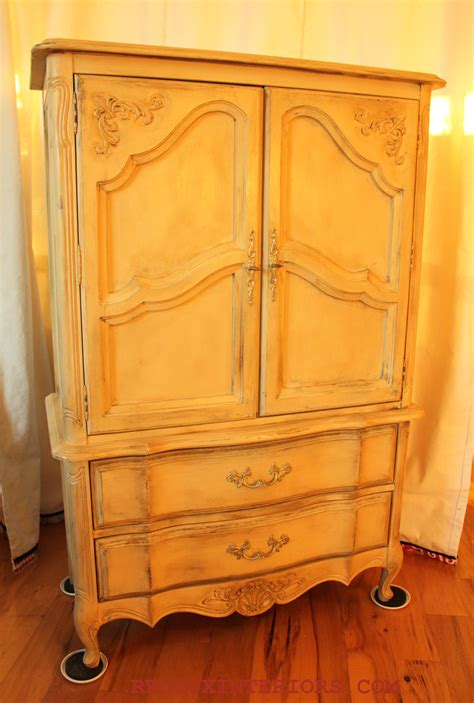 Wardrobe Craigslist by Craigslist Armoire 28 Images Stanley Furniture Faux Bamboo Armoire Scored On Loving