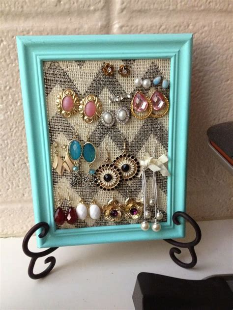 25 best ideas about framed best 25 diy picture frame ideas on pinterest picture