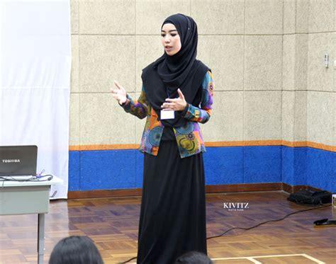 Jakarta Silvi Basic Dress By Eq kivitz fashion designer introduction to tara salvia