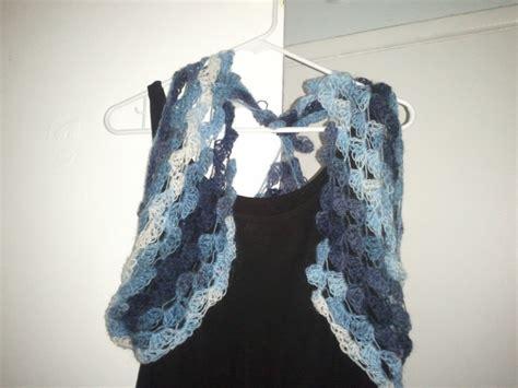 triangle pattern vest crochet chiq aurora s 3 in 1 shawl vest shawlette free