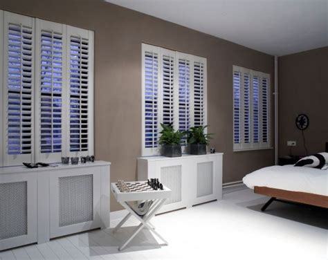 bedroom plantation shutters 36 best images about shutters bedroom on pinterest