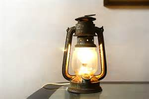 electric lantern lights 1000 ideas about lanterns on antique