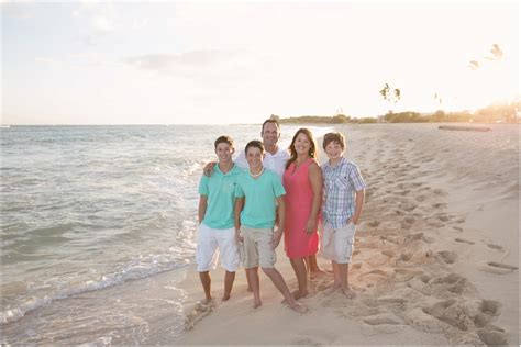 Wedding Anniversary Vacations by Alldredge Family Oahu Vacation Photography Haole
