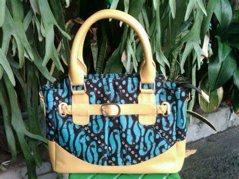 Tas Batik Kombinasi Kulit Sapi A tas batik tulis kombinasi kulit b jayagiri