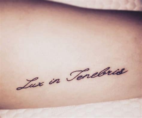 tattoo letras latin 72 mejores im 225 genes de tatoos en pinterest ideas de
