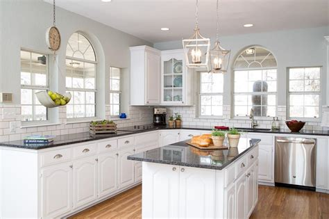 white kitchen ideas 10 fixer modern farmhouse white kitchen ideas