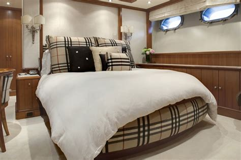 yacht bedroom motor yacht jo burberry guest bedroom yacht charter