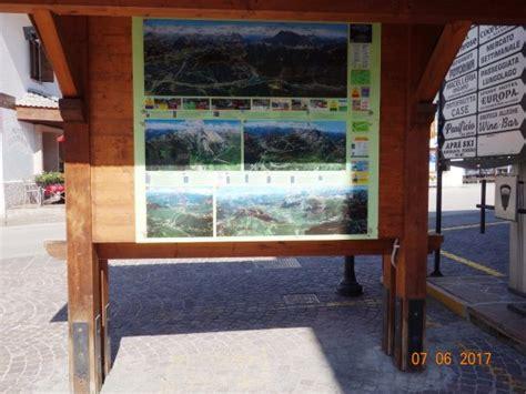 ufficio turistico alleghe ufficio turistico di alleghe tourist attraction piazza