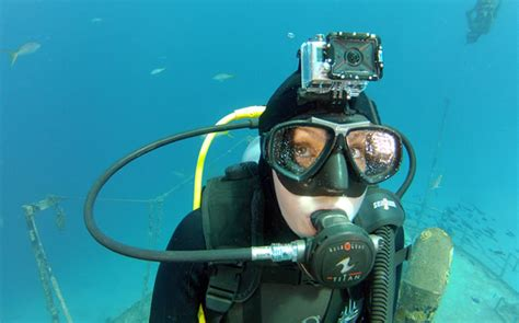 Gopro Underwater diving and snorkelling with a gopro gopro canada