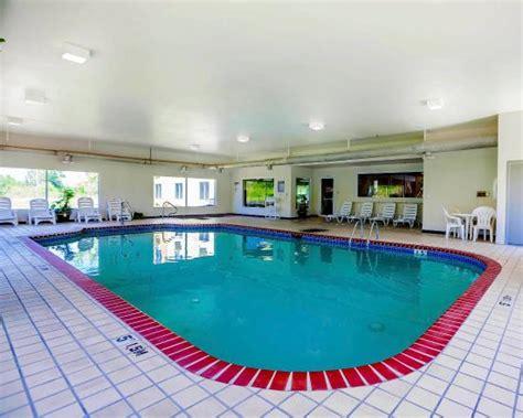 comfort pools pool picture of comfort inn kingdom city tripadvisor