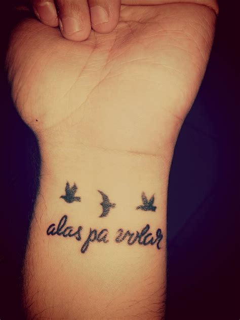tatuaje quot alas pa volar quot y palomas tatoo