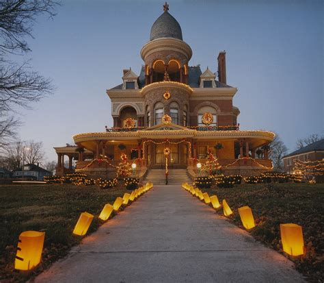 beautiful christmas homes decorated kokomo s seiberling mansion christmas delight the