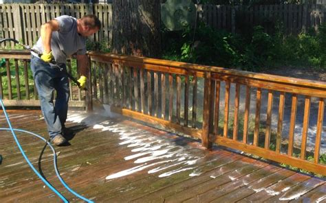 deck cleaning service chicago deck staining company chicago