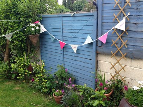 Garden Bunting Accessories by How To Brand A Hen Using Print And Accessories