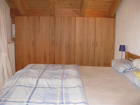 schlafzimmerschrank günstig designer schlafzimmer betten