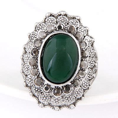 Bross Brooch Fashion Korea Oval Chain discount green gemstone decorated oval shape design