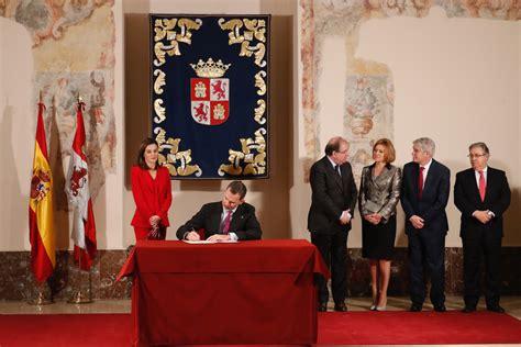 casa reale spagnola le recenti attivita della casa reale spagnola croce reale
