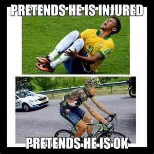 Backyard Hockey - cyclists vs soccer players beheading boredom