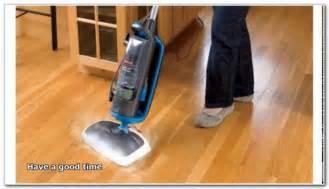 vacuum wood floors and carpet gurus floor