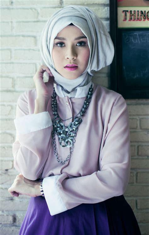 design baju zaskia adya mecca 5 artis muda indonesia ini cantik berhijab paling seru
