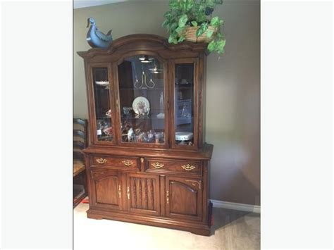 China Cabinet Canada by Solid Canadian Oak Knechtel China Cabinet And Hutch South