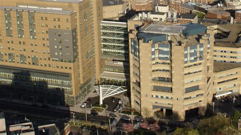 yale emergency room yale new hospital picks smartphone app to streamline clinical staff communications