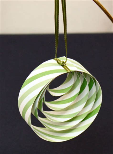 20 easy paper ornaments for christmas tip junkie