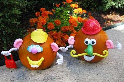 45 pumpkin decorating projects a life of simple joy 15 ways to decorate a pumpkin familycorner com 174