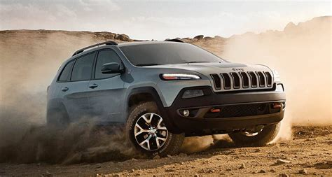 racing jeep cherokee 2016 jeep cherokee designed for on and off road performance