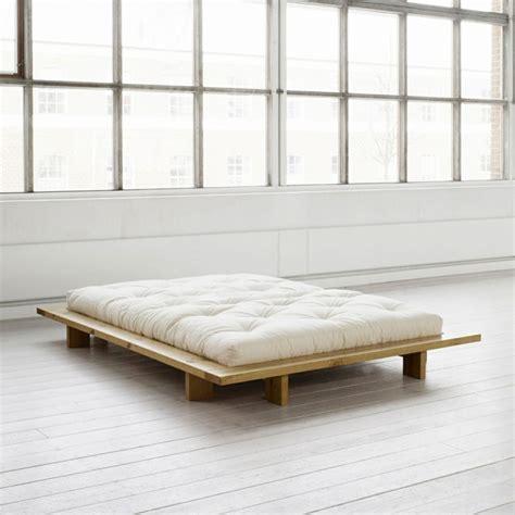 Lit Pour Futon by Lit Futon Pour Une Chambre 224 Coucher De Style Japonais