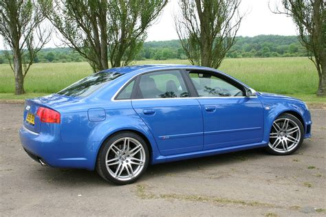 buying a used audi a4 audi a4 rs4 2005 2008 buying and selling parkers