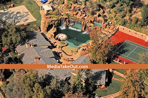 rapper drake house aceboogsworld drake s los angeles mansion renting it for