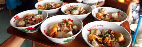 Musim Hujan Yang Hangat 10 jajanan lezat khas indonesia ini wajib dolaners nikmati saat musim hujan tiba maknyus
