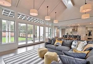 Shabby Chic Foyer Table Interior Design Ideas Home Bunch Interior Design Ideas