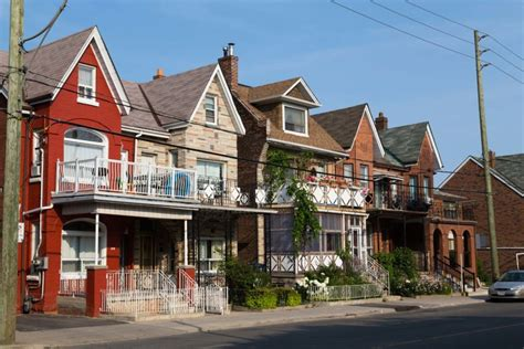 buy a house in canada toronto how i dodged a bullet by not buying a house in toronto