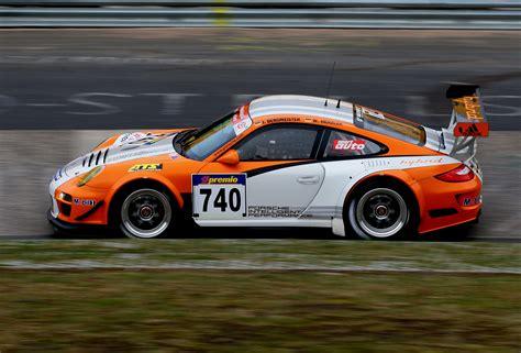 porsche 911 race car porsche wins second nurburgring 911 gt3 r hybrid on the