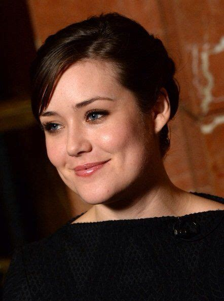 blacklist megan boone new hairstyle 67 best megan boone images on pinterest megan boone