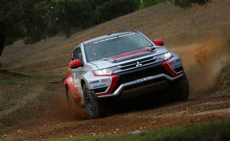 2015 mitsubishi rally car mitsubishi outlander phev baja race car 2015