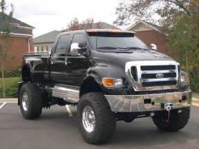big ford trucks advantages specialties 4x4 pickup trucks