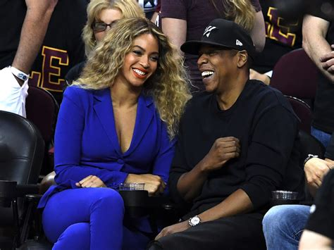 beyonce pays 13m to buy husband jay z a bugatti the beyonc 233 and jay are the world s highest paid celebrity