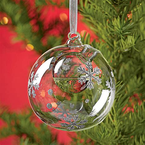 Snowflake Bubble   Ornament / Essential Oil Diffuser   The Green Head
