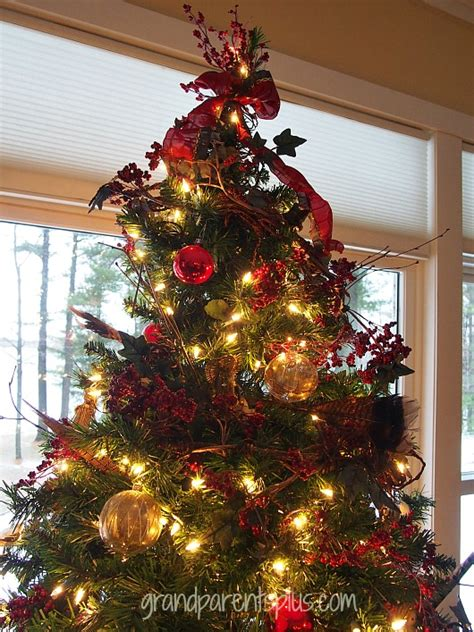woodsy elegant christmas tree grandparentsplus com