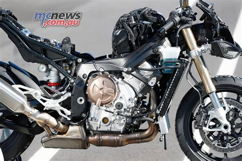 bmw   rr  review motorcycle test