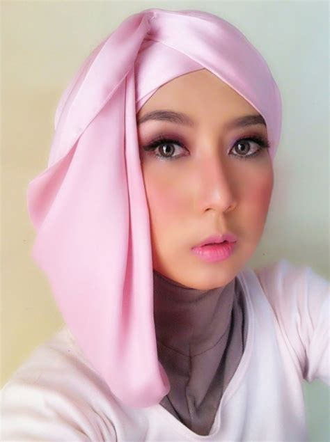 tutorial hijab pashmina satin untuk acara formal tutorial hijab